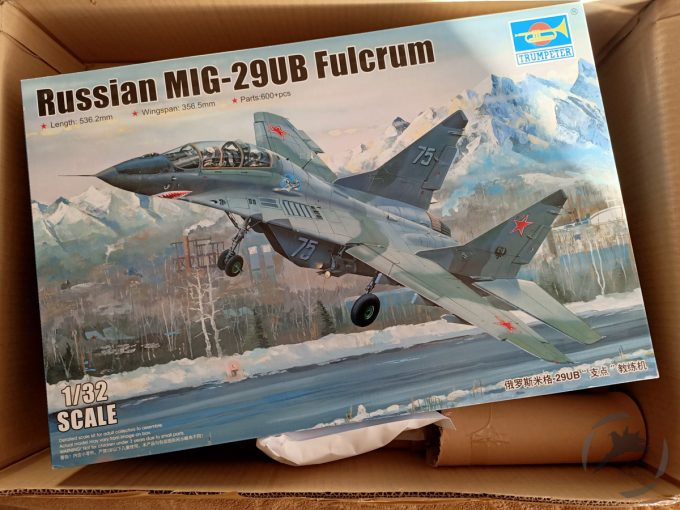 Unboxing MiG-29 UB od Trumpeter'a